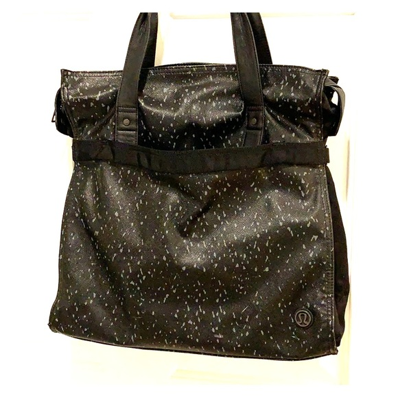 lululemon athletica Handbags - Lululemon Commuter/Gym Bag